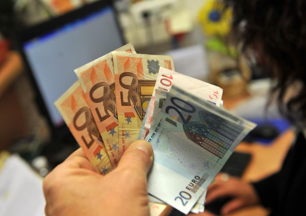 Senza salario minimo, senza Contratti collettivi, ma col Reddito di Cittadinanza