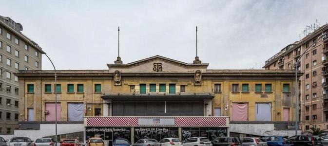 Roma. Amazon fa shopping di patrimonio pubblico, a prezzo scontato