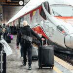Antitrust, multata Trenitalia: dovrà pagare un 1 milione di euro per inadeguata gestione del traffico dei pendolari