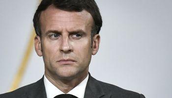 """Marcia indietro di Macron. Sul """"Green Pass"""" totale resta solo l'Italia"""